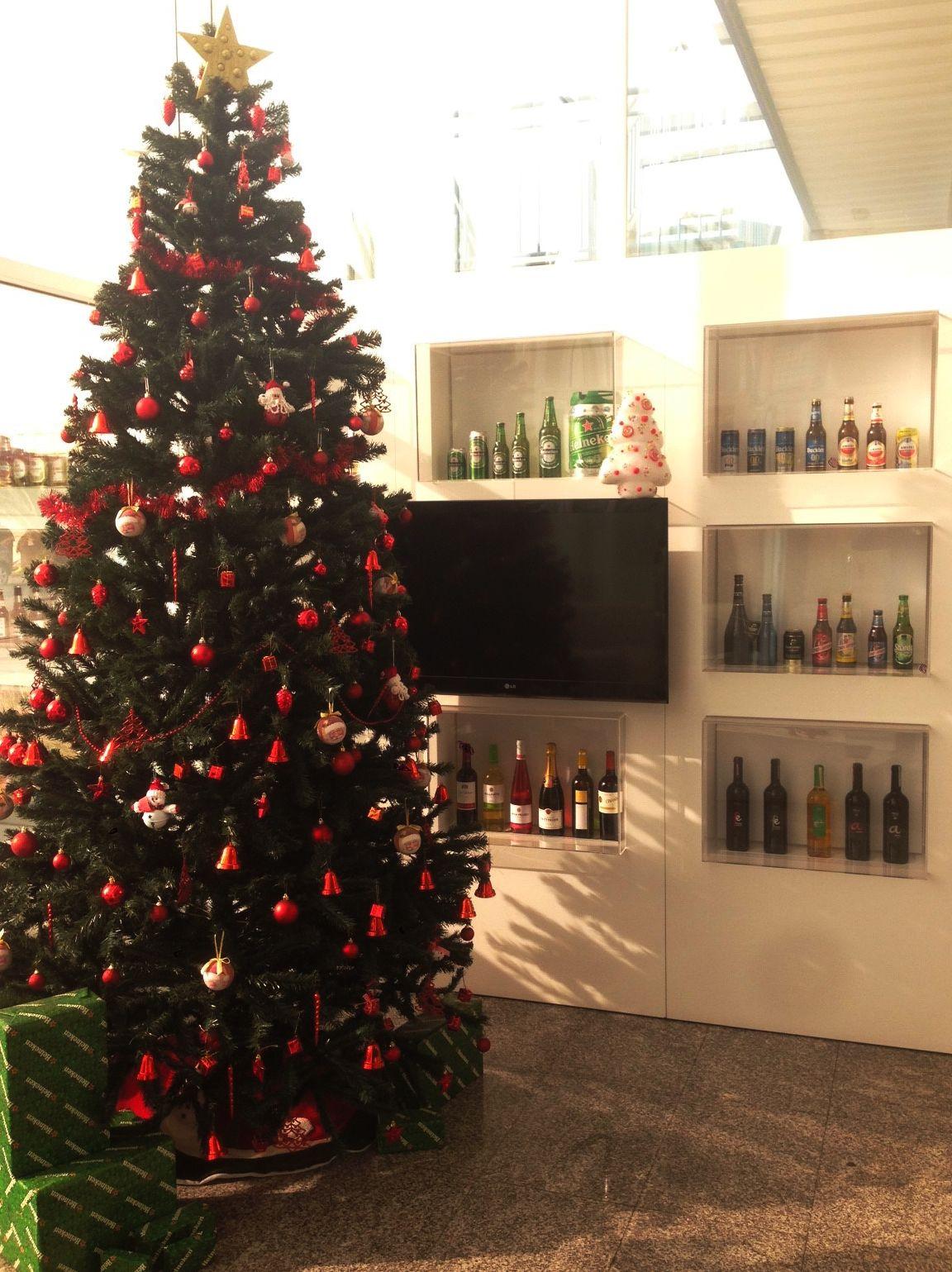Heineken Feliz Navidad.Desde Incabe Distribucion Les Deseamos Que Tengan Una Feliz