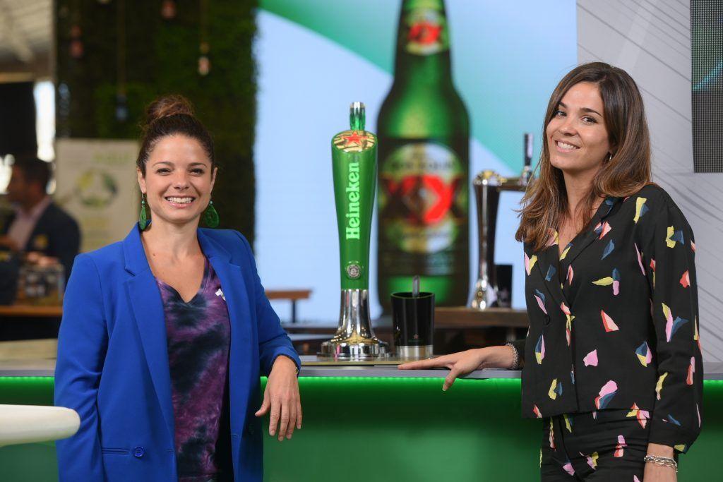 Mujeres posando para Heineken