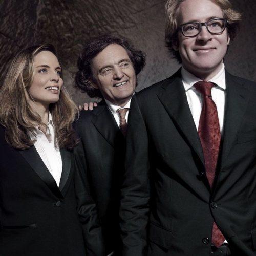 De izq. a dcha.: Vitalie, Pierre-Emmanuel y Clovis Taittinger.